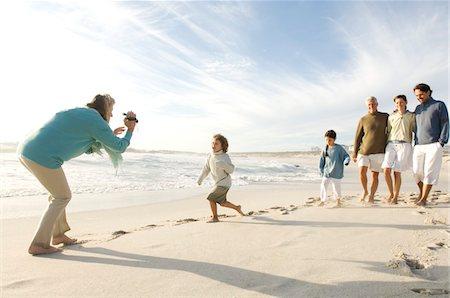 Family on the beach Stock Photo - Premium Royalty-Free, Code: 6108-05858211
