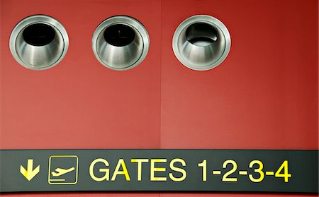 Airport signs Stock Photo - Premium Royalty-Free, Code: 6108-05860593