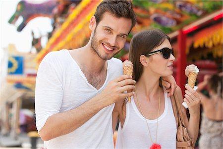 Couple eating ice creams, Paris, Ile-de-France, France Stock Photo - Premium Royalty-Free, Code: 6108-05873116