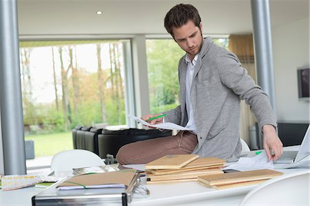 drawing computer - Interior designer working in the office Stock Photo - Premium Royalty-Free, Code: 6108-06168115