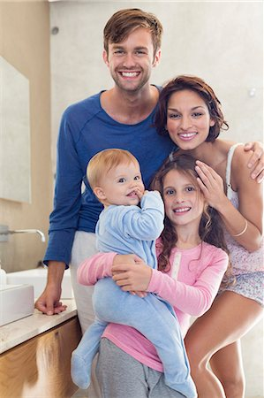 sister - Happy family in a bathroom Stock Photo - Premium Royalty-Free, Code: 6108-06905722