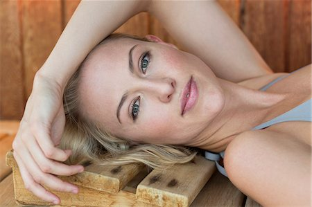 Portrait of a woman resting in a sauna Stock Photo - Premium Royalty-Free, Code: 6108-06907527