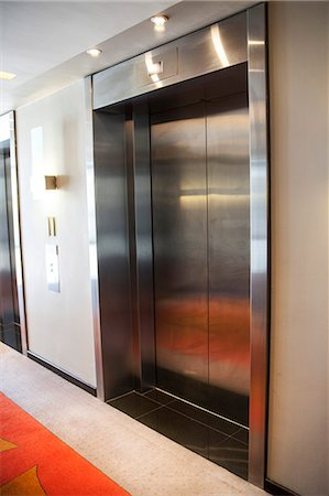 Elevator in the office Stock Photo - Premium Royalty-Free, Code: 6108-06908186