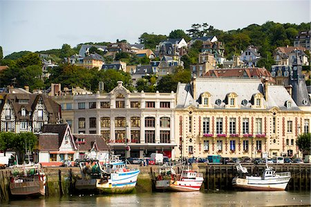 france - France, Normandy, the city of Trouville seen from the river Stock Photo - Premium Royalty-Free, Code: 6108-08636892