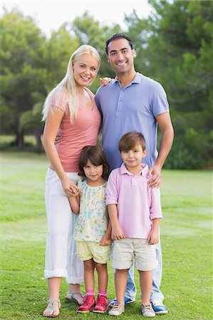 Portrait of family Stock Photo - Premium Royalty-Free, Code: 6109-06684762