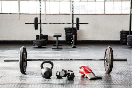 equipment - Exercise equipment in the studio Stock Photo - Premium Royalty-Free, Code: 6109-08397891