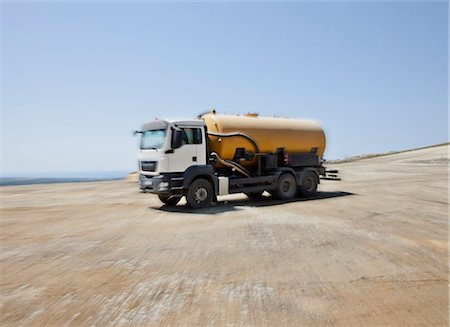 earth no people - Blurred view of truck in quarry Stock Photo - Premium Royalty-Free, Code: 6113-06625889