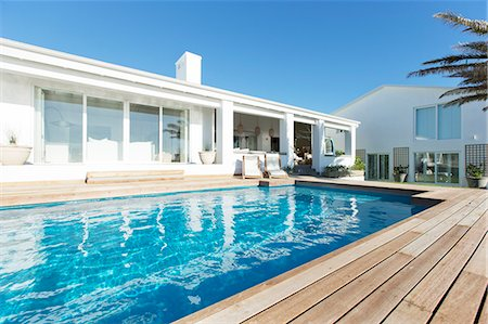 pool - Luxury house and swimming pool Stock Photo - Premium Royalty-Free, Code: 6113-06898718