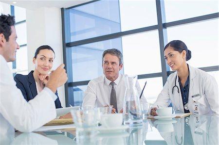 Doctors talking in meeting Stock Photo - Premium Royalty-Free, Code: 6113-07146706