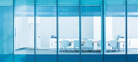 Empty conference room Stock Photo - Premium Royalty-Free, Code: 6113-07158937