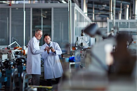 Scientists working in laboratory Stock Photo - Premium Royalty-Free, Code: 6113-07159084