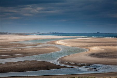 streaming - Beach at low tide Stock Photo - Premium Royalty-Free, Code: 6113-07160385