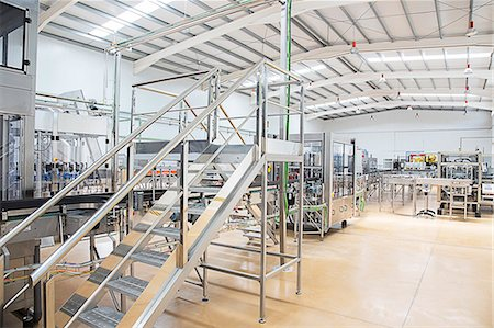 platform - Machinery in factory Stock Photo - Premium Royalty-Free, Code: 6113-07160312