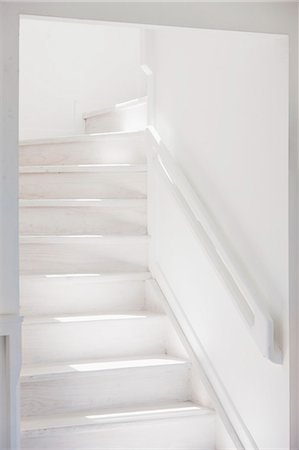 White staircase Stock Photo - Premium Royalty-Free, Code: 6113-07160822