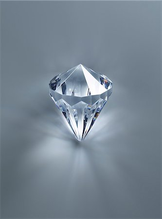 Close up of diamond Stock Photo - Premium Royalty-Free, Code: 6113-07243421