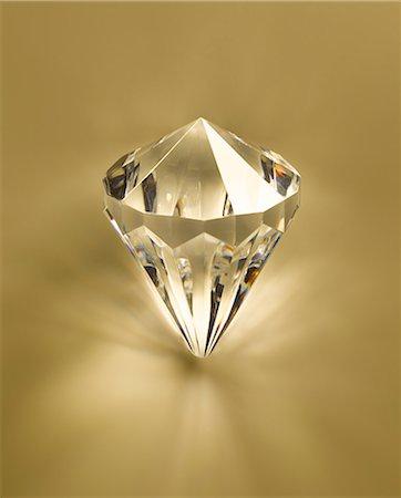 Close up of diamond Stock Photo - Premium Royalty-Free, Code: 6113-07243422