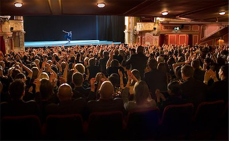 entertainment - Audience applauding ballerina on stage in theater Stock Photo - Premium Royalty-Free, Code: 6113-07542953