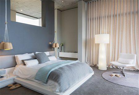 design - Modern bedroom Stock Photo - Premium Royalty-Free, Code: 6113-07565747