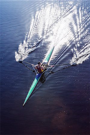 sports - Man rowing scull on lake Stock Photo - Premium Royalty-Free, Code: 6113-07588746
