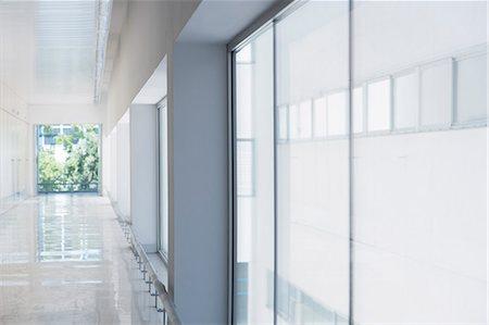 Long office corridor Stock Photo - Premium Royalty-Free, Code: 6113-07589083