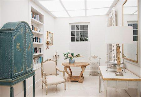 Luxury sitting room Stock Photo - Premium Royalty-Free, Code: 6113-07589568