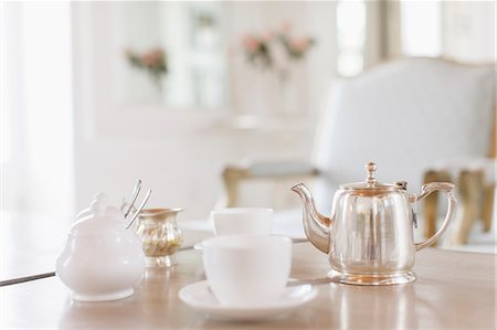 elegant - Teacups and silver teapot on table Stock Photo - Premium Royalty-Free, Code: 6113-07589618