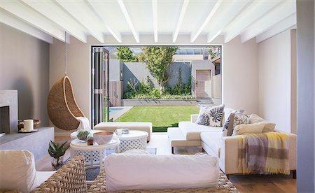 Luxury living room Stock Photo - Premium Royalty-Free, Code: 6113-07589723