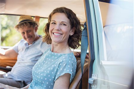 Older couple sitting in front seat of car Stock Photo - Premium Royalty-Free, Code: 6113-07762519