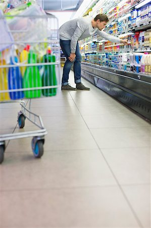 Man shopping in grocery store Stock Photo - Premium Royalty-Free, Code: 6113-07791125