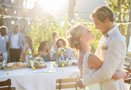 preteen dancing - Young couple dancing during wedding reception in domestic garden Stock Photo - Premium Royalty-Free, Code: 6113-07992193
