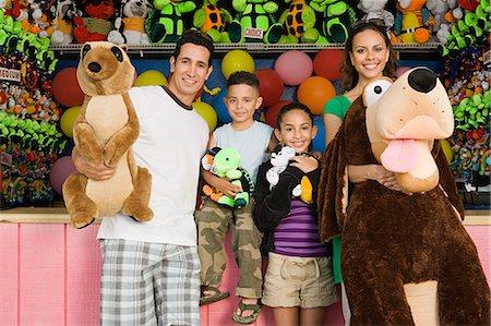 Family with toys Stock Photo - Premium Royalty-Free, Code: 6114-06592730