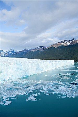 perito moreno glacier - Perito moreno glacier in southern argentina Stock Photo - Premium Royalty-Free, Code: 6114-06598872