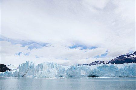 perito moreno glacier - Perito moreno glacier in southern argentina Stock Photo - Premium Royalty-Free, Code: 6114-06598881