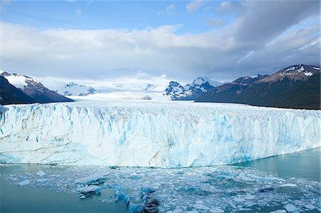 perito moreno glacier - Perito moreno glacier in southern argentina Stock Photo - Premium Royalty-Free, Code: 6114-06598887