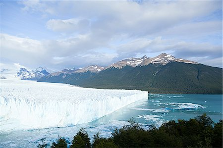 perito moreno glacier - Perito moreno glacier in southern argentina Stock Photo - Premium Royalty-Free, Code: 6114-06598898