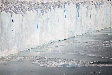 perito moreno glacier - Perito moreno glacier in southern argentina Stock Photo - Premium Royalty-Free, Code: 6114-06598948