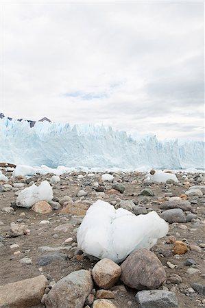 perito moreno glacier - Perito moreno glacier in southern argentina Stock Photo - Premium Royalty-Free, Code: 6114-06598951