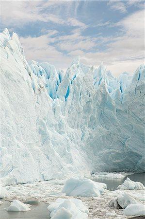 perito moreno glacier - Perito moreno glacier in southern argentina Stock Photo - Premium Royalty-Free, Code: 6114-06598985