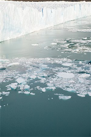 perito moreno glacier - Perito moreno glacier in southern argentina Stock Photo - Premium Royalty-Free, Code: 6114-06598995