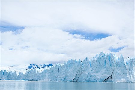 perito moreno glacier - Perito moreno glacier in southern argentina Stock Photo - Premium Royalty-Free, Code: 6114-06598901