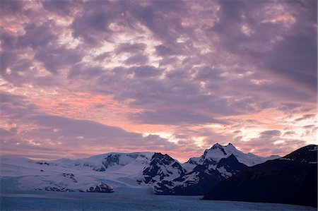 perito moreno glacier - Mountains in southern argentina Stock Photo - Premium Royalty-Free, Code: 6114-06598908