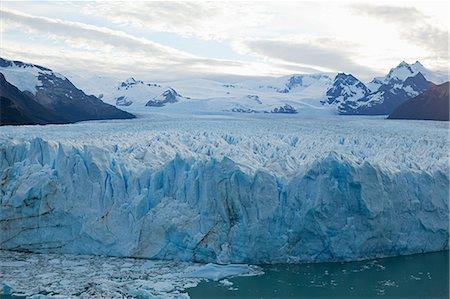 perito moreno glacier - Perito moreno glacier in southern argentina Stock Photo - Premium Royalty-Free, Code: 6114-06598911