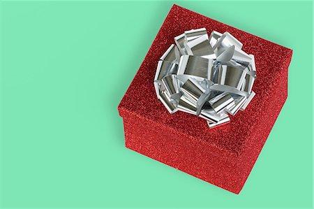 silver box - Christmas gift Stock Photo - Premium Royalty-Free, Code: 6114-06662962