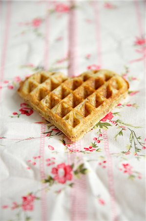 Heart Shaped Waffle, Munich, Bavaria, Germany, Europe Stock Photo - Premium Royalty-Free, Code: 6115-06778491