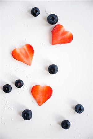 Heart Shaped Strawberries and Blackberries, Munich, Bavaria, Germany, Europe Stock Photo - Premium Royalty-Free, Code: 6115-06778496