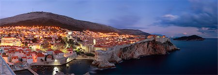 Night view of  Dubrovnik, Dalmatia, Croatia Stock Photo - Premium Royalty-Free, Code: 6115-08101234