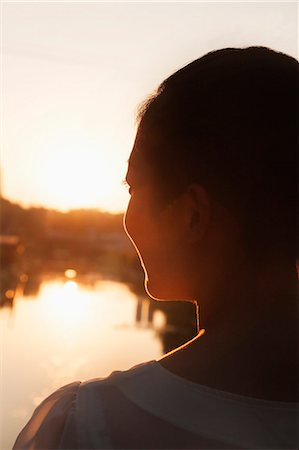 person silhouette face - Silhouette of Woman's Face at Sunset Stock Photo - Premium Royalty-Free, Code: 6116-06938779