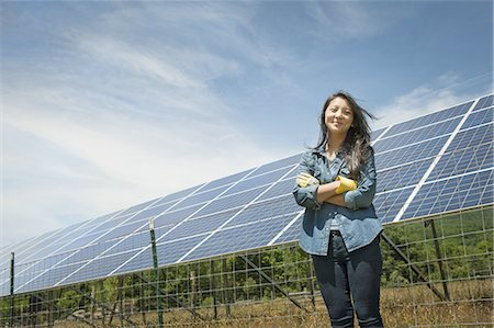 solar panel usa - A young woman on a traditional farm in the countryside of New York State, USA Stock Photo - Premium Royalty-Free, Code: 6118-07352272