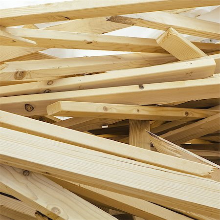 Pile of wood 2x4 studs used for construction, near Pullman Stock Photo - Premium Royalty-Free, Code: 6118-07440918