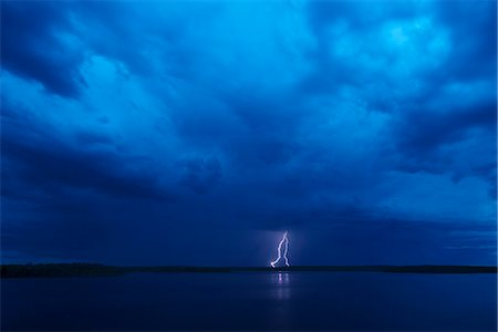 Lightning storm, Saskatchewan, Canada Stock Photo - Premium Royalty-Free, Code: 6118-07913389